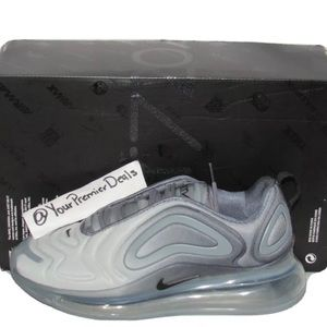Nike Air Max 720 Cool Grey Size 6 Womens Size 7.5